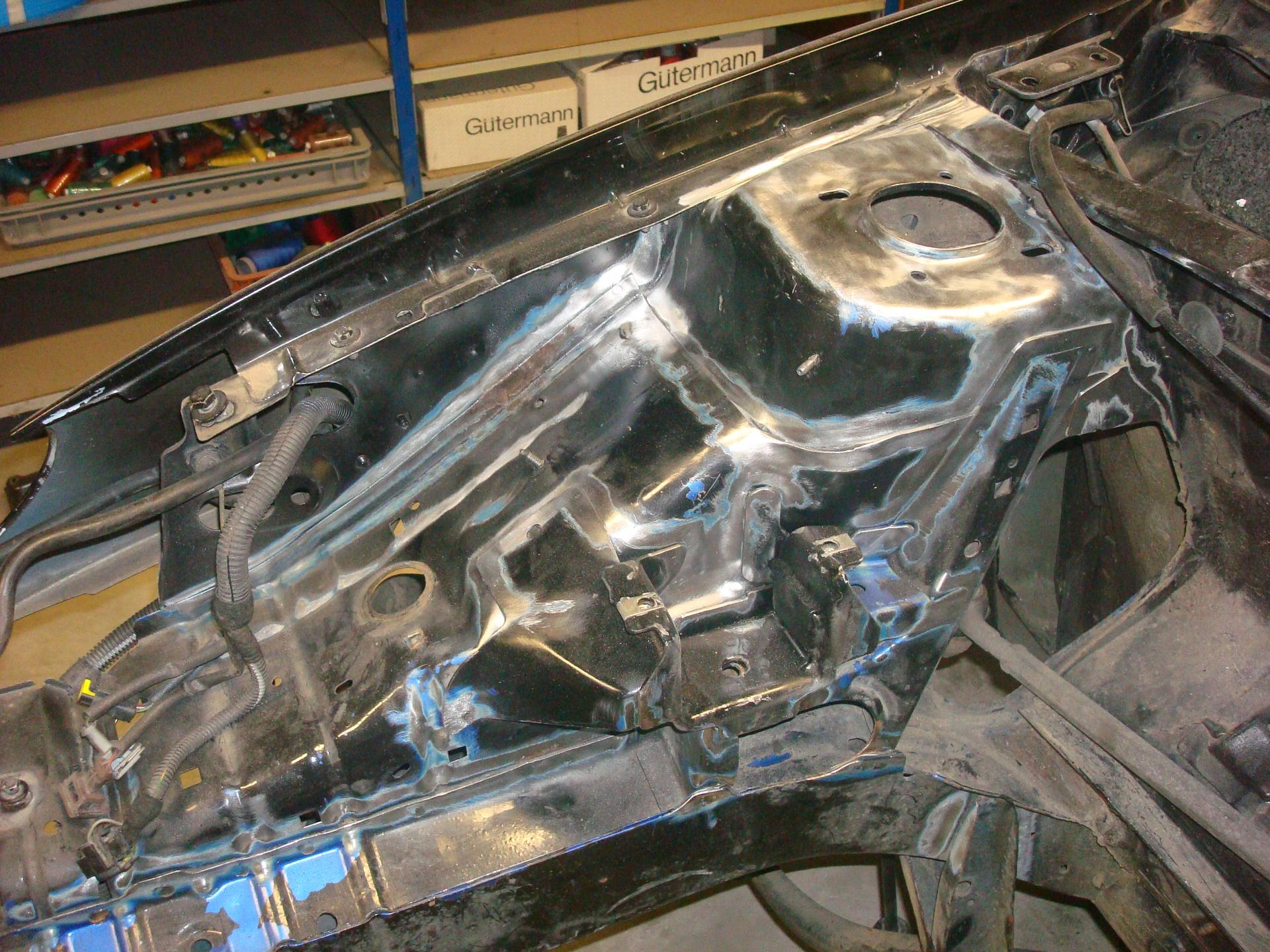 Décapage compartiment moteur 1